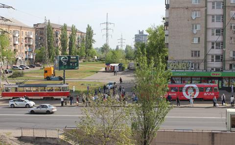 ВКиеве под колеса трамвая угодила женщина